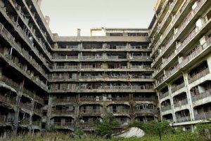 abandoned city 5 hashima island apts