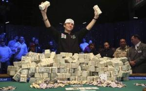 cash on the poker table wsop eastgate cash on the poker table wsop eastgate