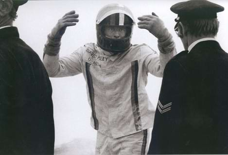 david purley trying to save roger williamson f1 Roger Williamson and the Dutch Grand Prix Tragedy of 1973