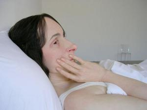 ron mueck closeup woman in bed ron mueck closeup woman in bed