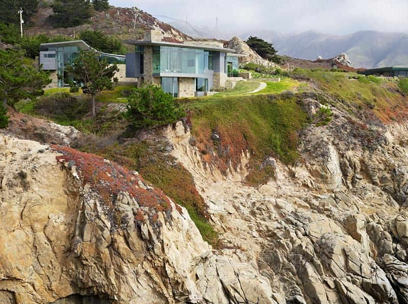 spectacular oceanfront view property house An Ocean of Emotion: The View from Otter Cove