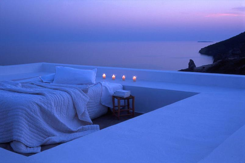 outdoor bed by the ocean Picture of the Day   March 8, 2010