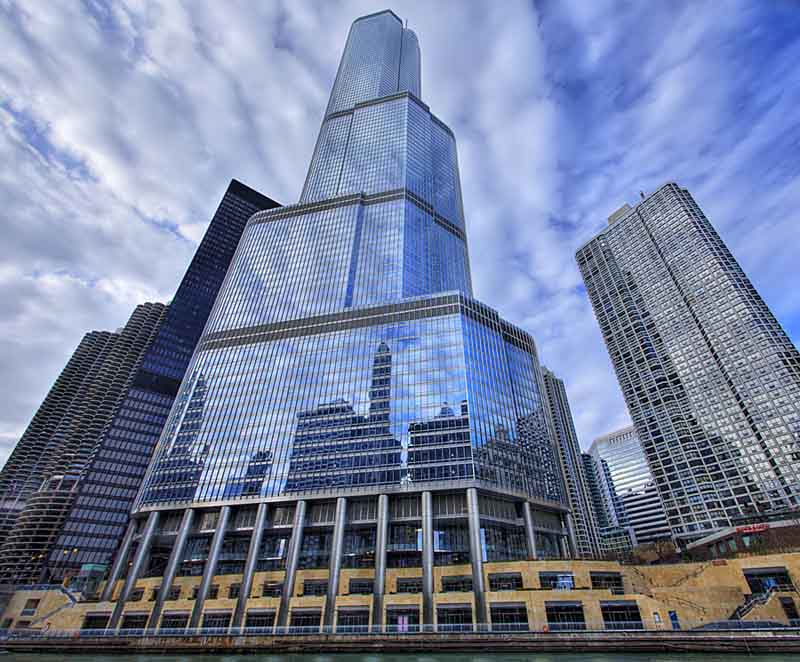 trump international hotel and towe chicago vertical panoramic Vertical Panoramic Photography: 15 Breathtaking Examples