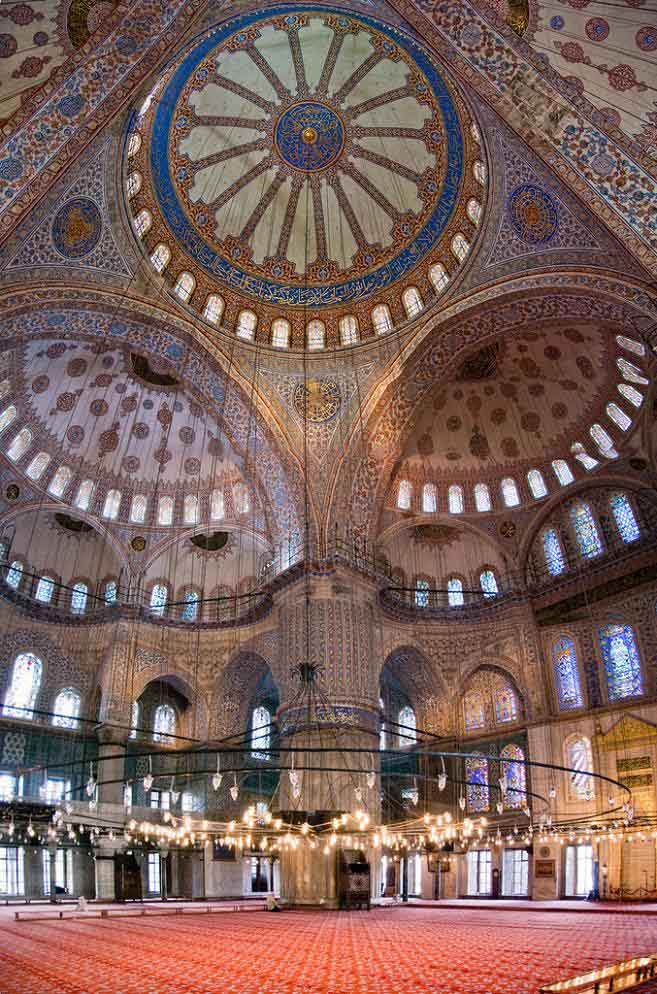 vertical panorama of the blue mosque in instanbul turkey Vertical Panoramic Photography: 15 Breathtaking Examples