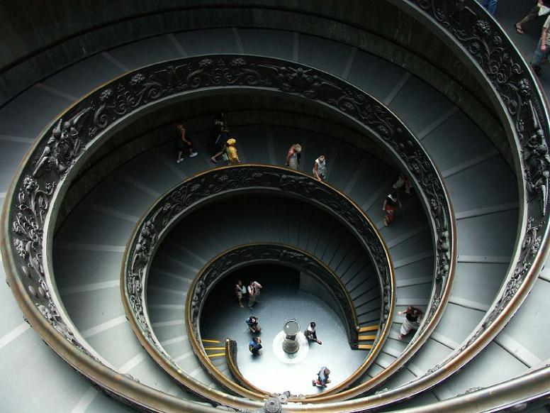 spiral-staircase-vatican-museum-rome-double-helix