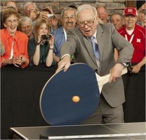 warren buffett with huge ping pong raquet warren buffett with huge ping pong raquet