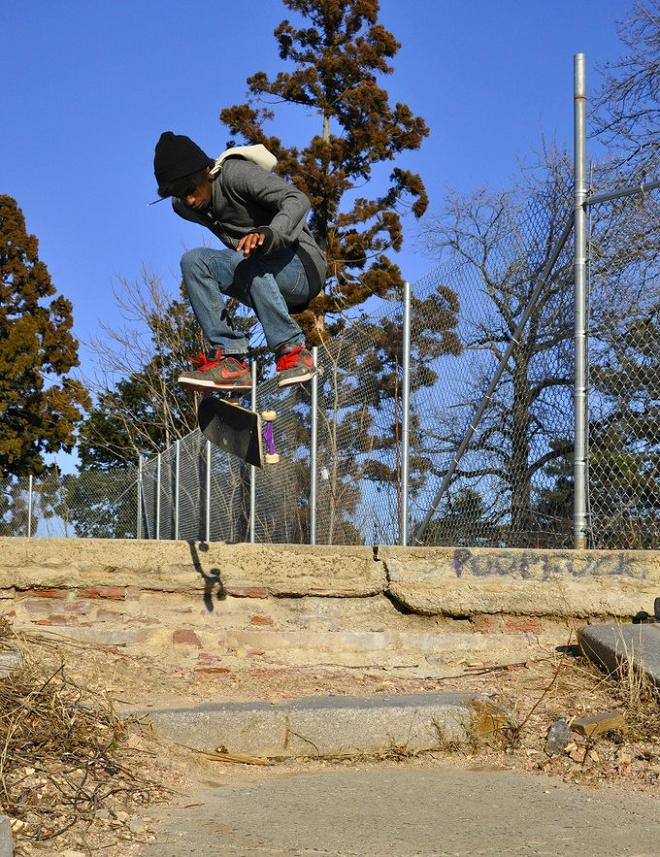 18 skateboarder The Art and History of the Kickflip [21 pics]