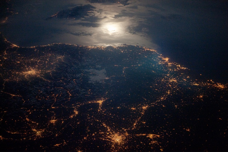 aerial of france lit up at night Picture of the Day   June 22, 2010