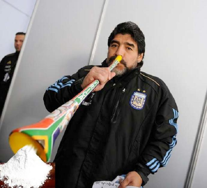 maradona vuvuzelas coke The 10 Funniest Vuvuzela Pictures