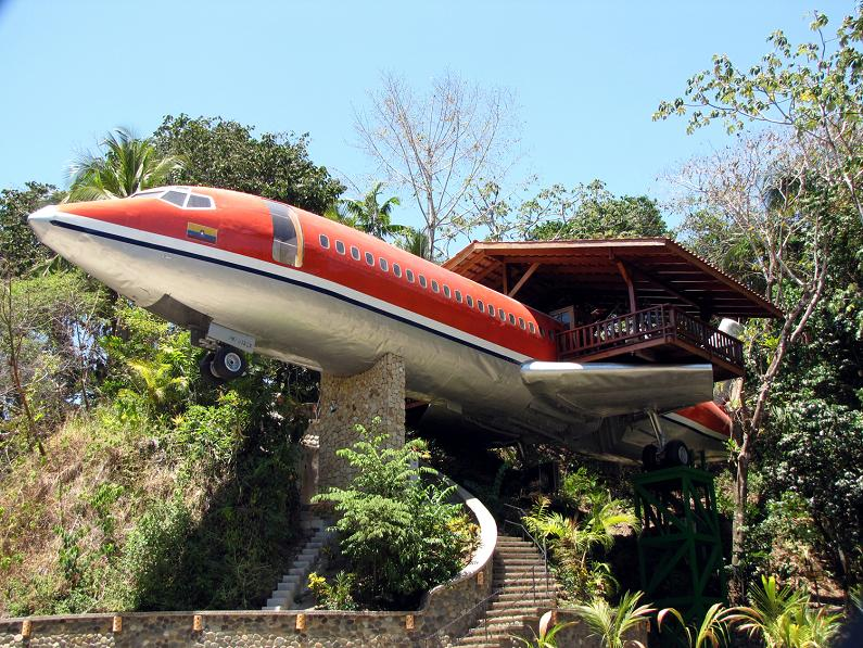 1965 Boeing 727 Converted into a Costa Rican Hotel