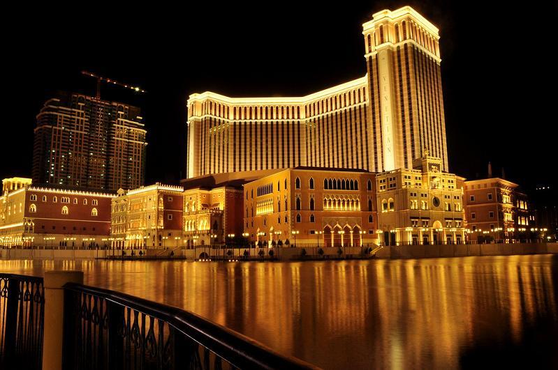 largest casino in china veneitan macau1 The Worlds Largest Casino   Venetian Macao