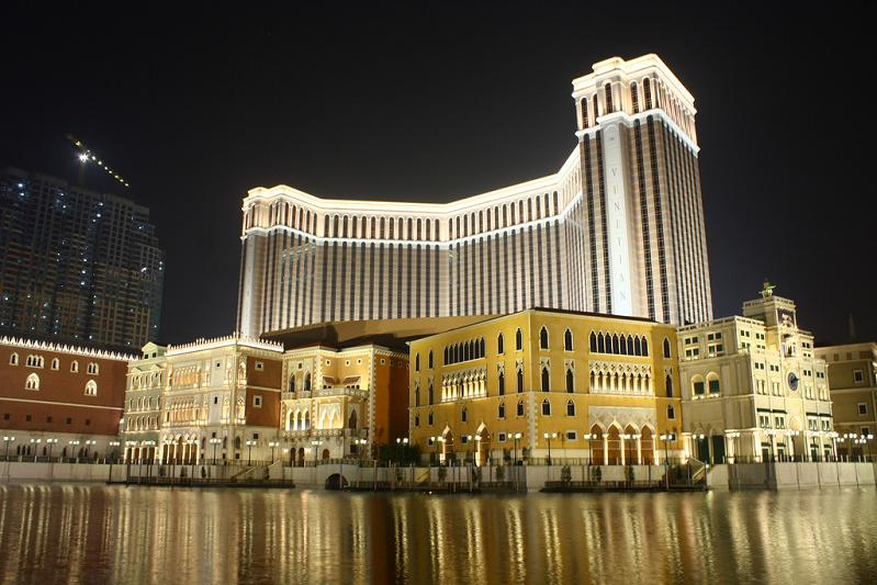 largest-casino-in-the-world-venetian-macao