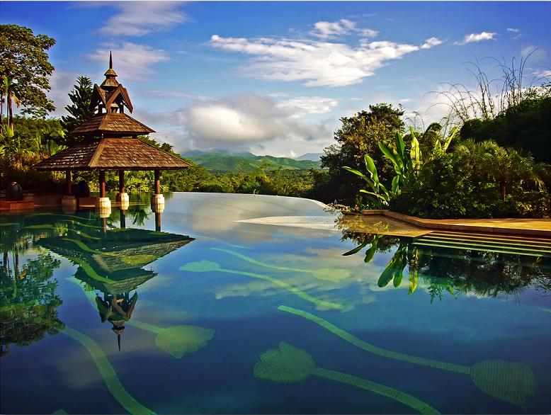 nicest-infinity-pool-ever-anantara-golden-triangle-resort.jpg