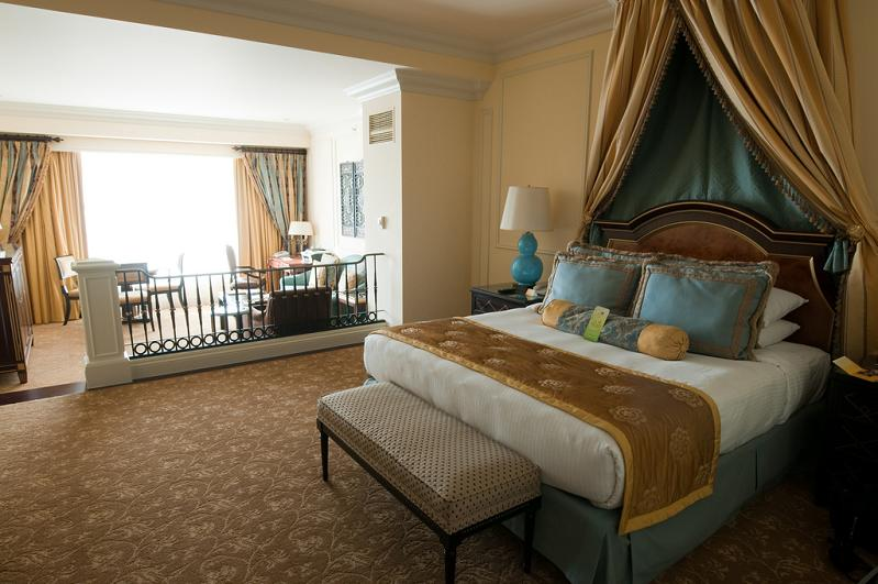 suites at venetian macacu china The Worlds Largest Casino   Venetian Macao