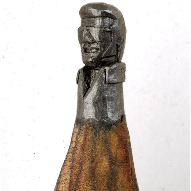 elvis carved onto tip of pencil Beautiful Miniature Paper Art Scenes [30 pics]