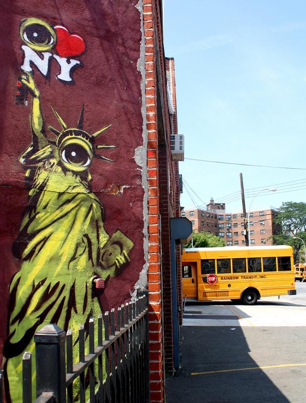 eye love new york stencil street art stensoul STREET ART: Eye Heart NYC by Peat Wollaeger [21 pics]
