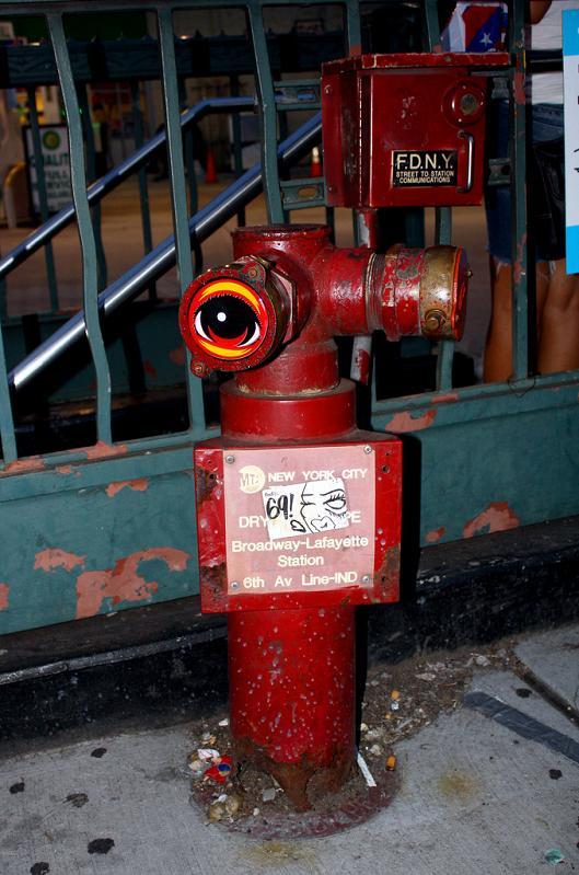 fire hydrant eyeball STREET ART: Eye Heart NYC by Peat Wollaeger [21 pics]