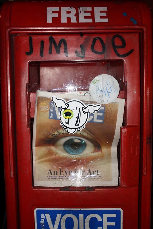 street artist pete wollaeger STREET ART: Eye Heart NYC by Peat Wollaeger [21 pics]