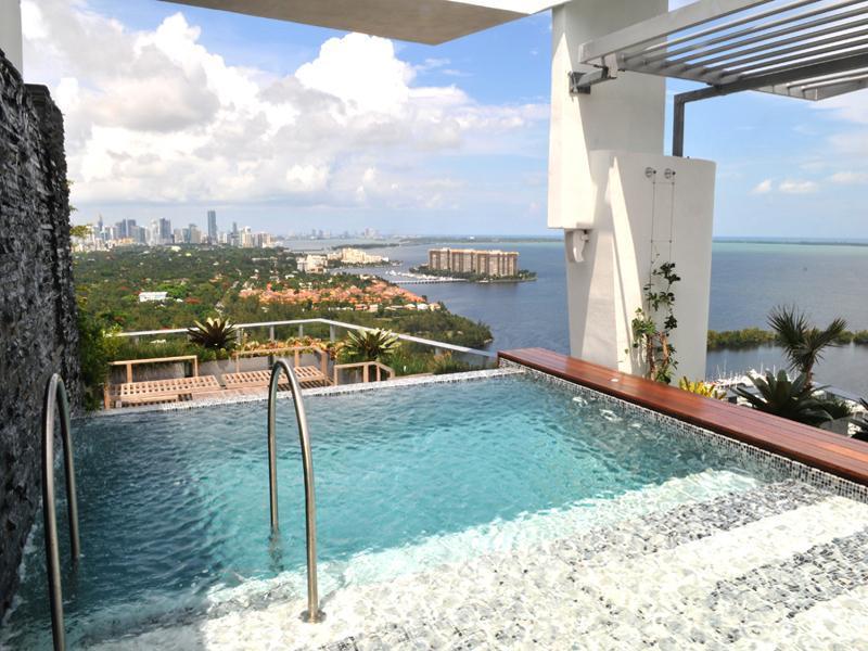 13 penthouse in miami grovenor house Grovenor House: $17 Million Penthouse in Miami [22 pics]