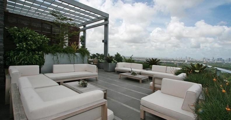 17 miami penthouse terrace Grovenor House: $17 Million Penthouse in Miami [22 pics]