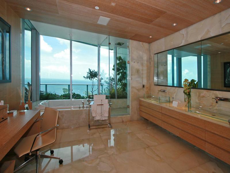 4 penthouse in miami grovenor house Grovenor House: $17 Million Penthouse in Miami [22 pics]