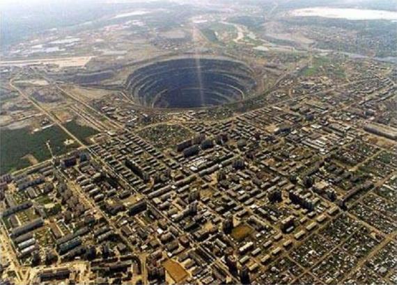 biggest diamond mine in the world mir mirny russia The Largest Open Pit Diamond Mine in the World