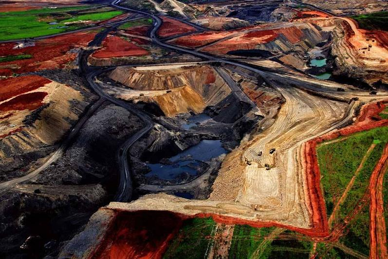 coal-mine-aerial-south-africa-yann-arthus-bertrand