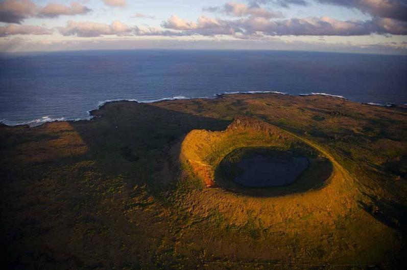 easter-island-chile-aerial-yann-arthus-bertrand