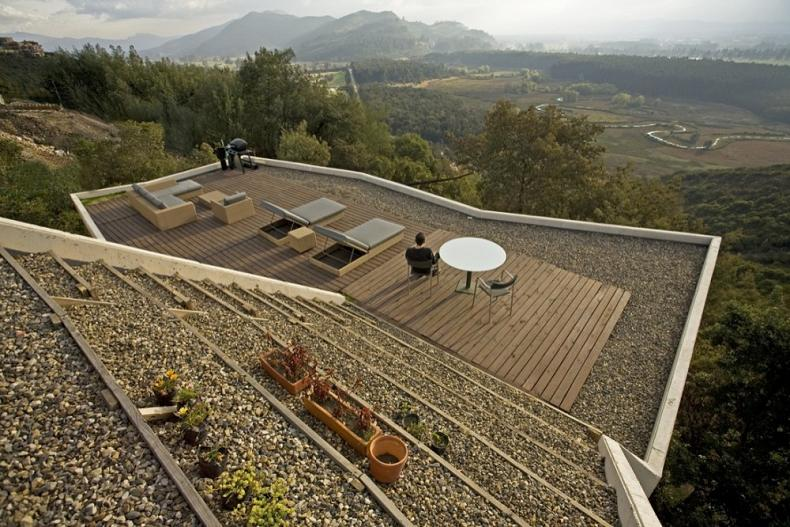 house on a steep hill green living roof plan b arquitectos giancarlo mazzanti 11 Beautiful Home on a Steep Hill with Incredible View [14 pics]