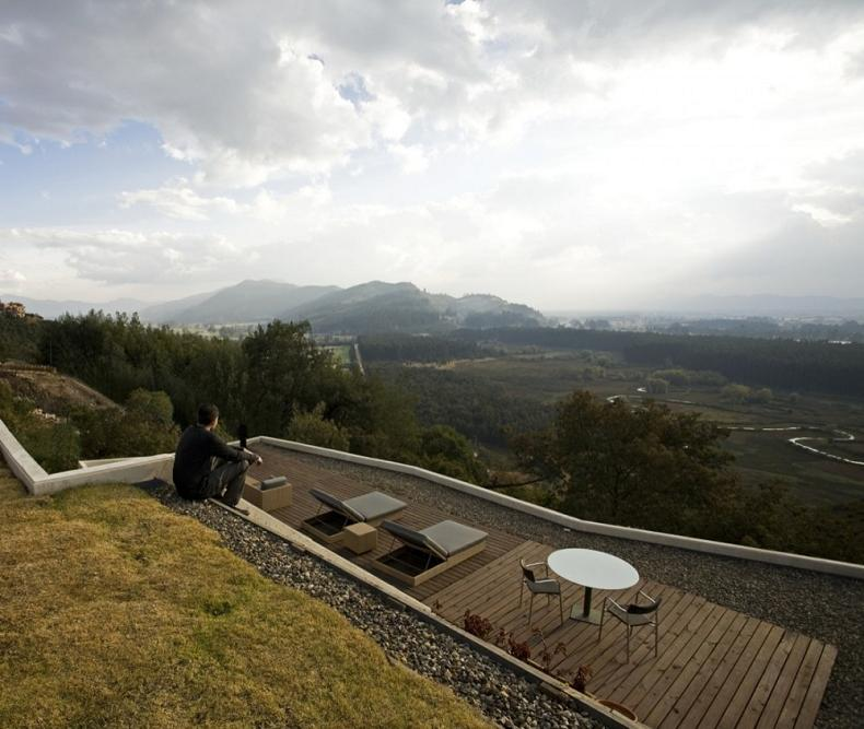house on a steep hill green living roof plan b arquitectos giancarlo mazzanti 12 Beautiful Home on a Steep Hill with Incredible View [14 pics]