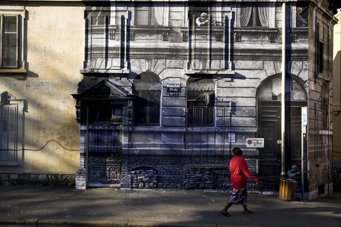 jr street art big photographs 2011 ted prize winner 10 2011 TED Prize Winner: Street Artist JR [40 pics]