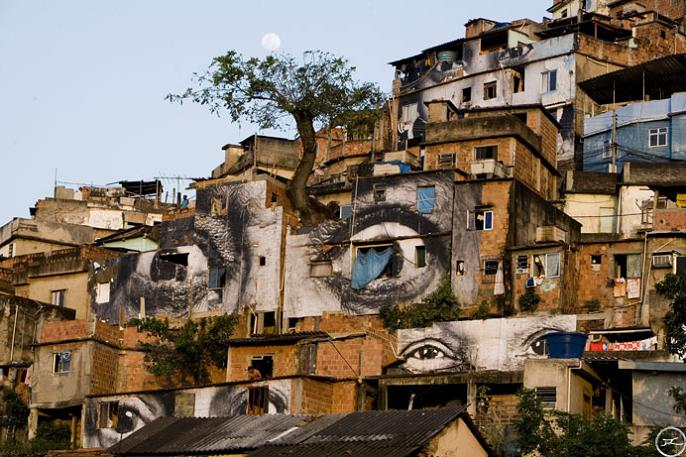 jr street art big photographs 2011 ted prize winner 35 2011 TED Prize Winner: Street Artist JR [40 pics]