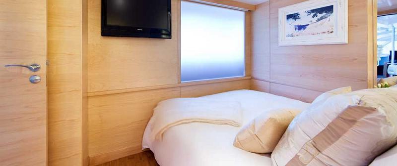 virgin catamaran necker belle 4 Necker Belle: The Ultimate Catamaran Experience [25 Pics]