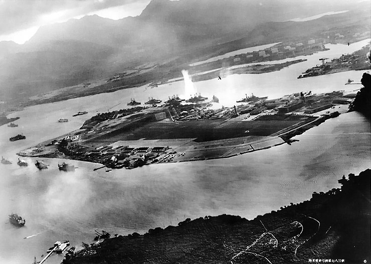 attack on pearl harbor japanese planes view Picture of the Day: This Infamous Day in History | Dec. 7, 2010