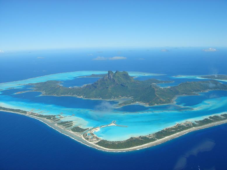 bora bora french polynesia 11 25 Stunning Photographs of Bora Bora