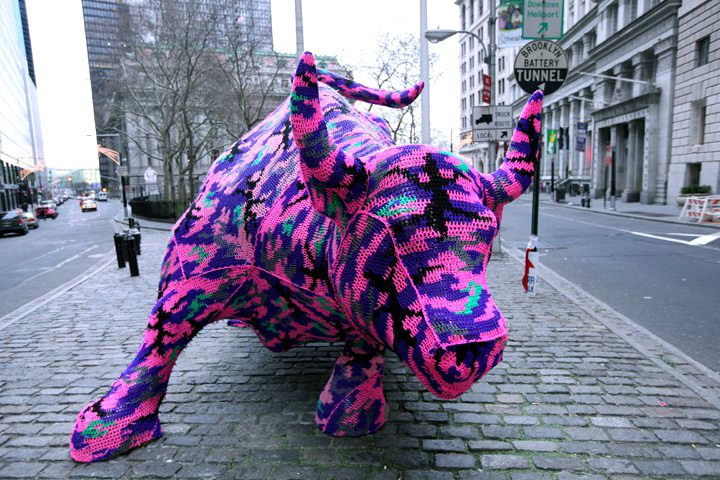 wall street bull covered in wool sweater crocheted Picture of the Day: The Wool Street Bull   Dec. 29, 2010