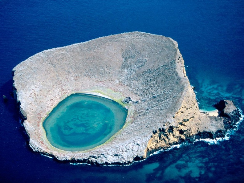 blue lagoon galapagos islands ecuador Picture of the Day: The Blue Lagoon, Ecuador