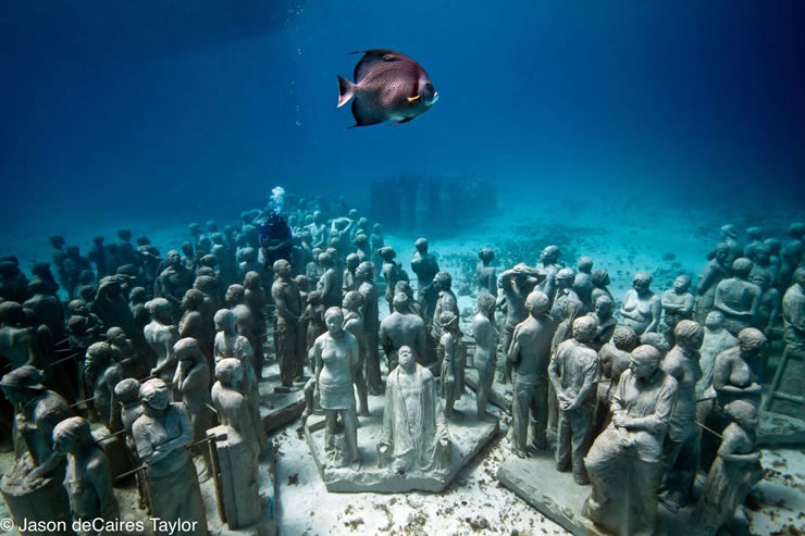 underwater-sculptures-artist-jason-decaires-taylor-artificial-reefs-13