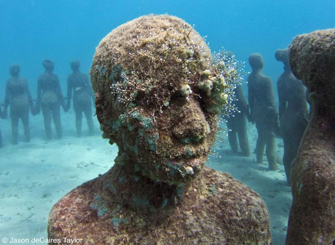 underwater-sculptures-artist-jason-decaires-taylor-artificial-reefs-29