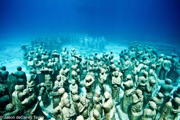 underwater-sculptures-artist-jason-decaires-taylor-artificial-reefs-9