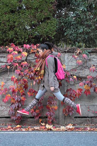 japanese girl levitates natsumi hayashi 21 Natsumi Hayashi: A Life of Levitation [25 pics]