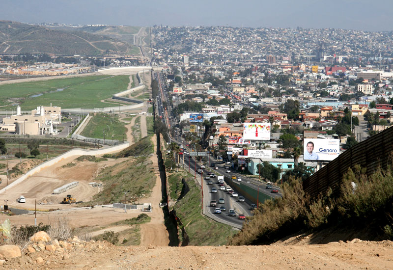mexico us border san diego tijuana Picture of the Day: The US   Mexico Border