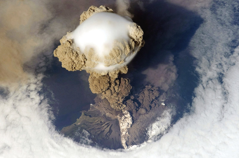volcanic eruption aerial from above Picture of the Day: Aerial Eruption