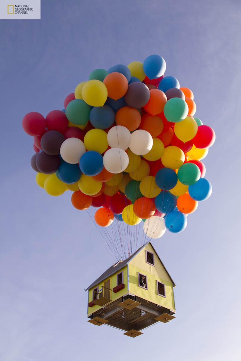 ballon house from up in real life Picture of the Day: Balloon House from UP in Real Life!