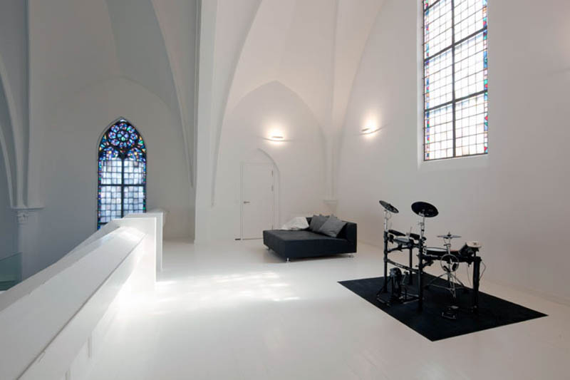 church conversion into residence utrecht the netherlands zecc architects 1 Converting a Church Into a Family Home