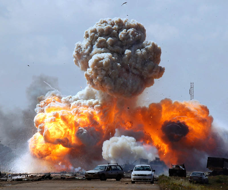 coalition air strikes in libya benghazi Picture of the Day: The Battle Rages On