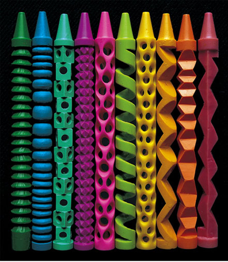 crayon carvings pete goldlust Picture of the Day: Crazy Crayon Carvings