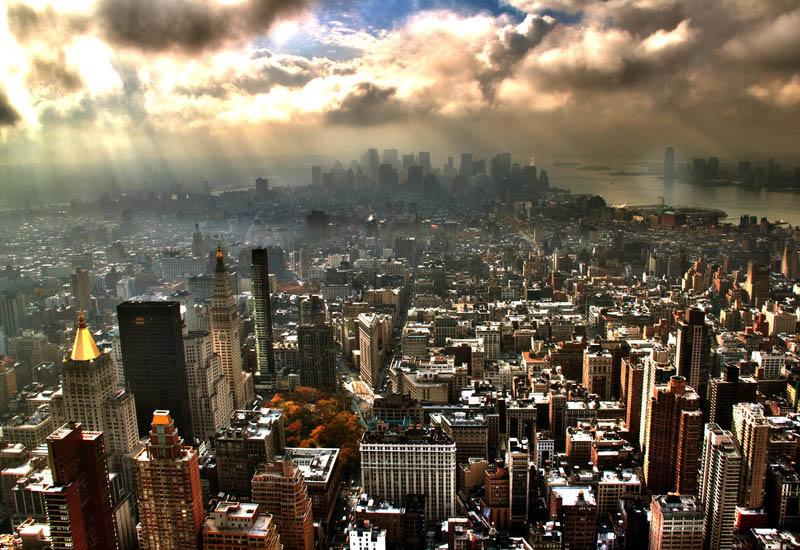 25 Stunning Skylines Around the World