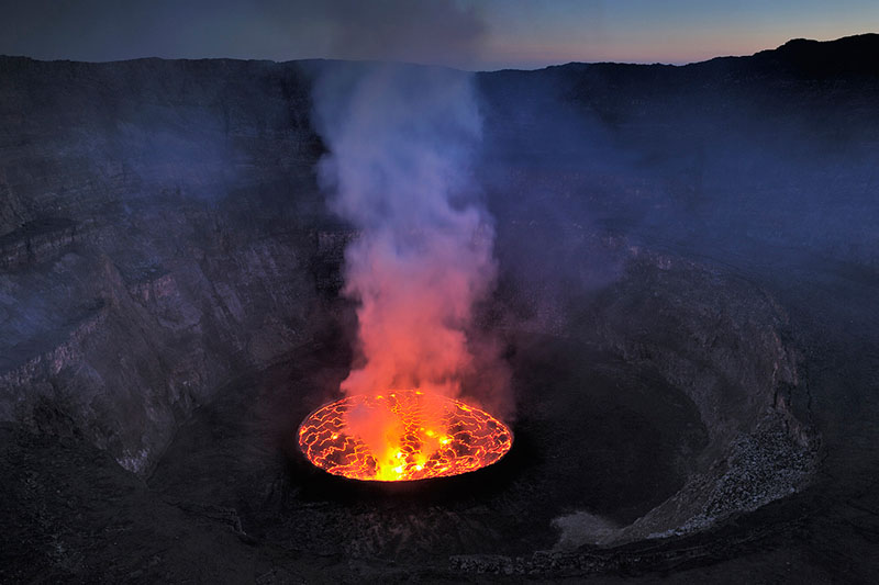 nyiragongo crater lava lake africa Picture of the Day: The Biggest Lava Lake in the World
