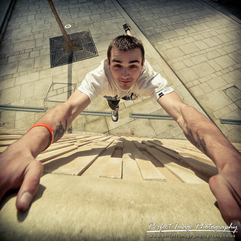 parkour pk freerunning traceurs 23 25 Incredible Parkour Photographs